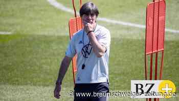 Bundestrainer Löw kündigt taktische Änderungen an
