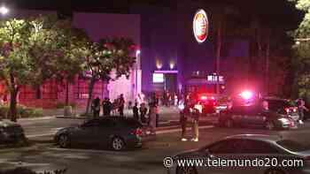 """""""¿Vamos a morir?"""": una persona muerta tras tiroteo en Dave & Busters - Telemundo San Diego"""