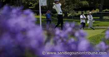 Henley en la cima después de una primera ronda inconclusa - San Diego Union-Tribune en Español