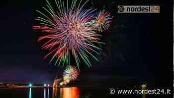 A Bibione tornano i fuochi d'artificio: domenica 20 giugno il primo spettacolo pirotecnico - Nordest24.it