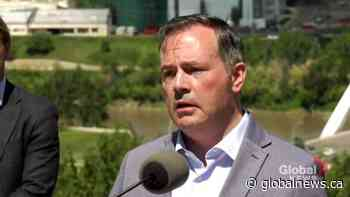 Kenney continues to defend federal niqab policy