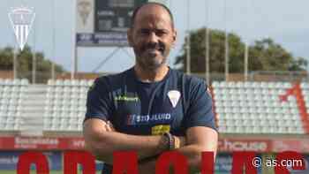 El Algeciras se despide de Salva Ballesta tras un año y medio - AS