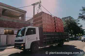 Prefeitura de Cabo Frio adquire 20 novas caçambas para coleta de resíduos e entulhos - Plantao dos Lagos