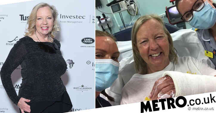 Dragons' Den star Deborah Meaden sparks concern with hospital snap: 'Our NHS is blooming brilliant'