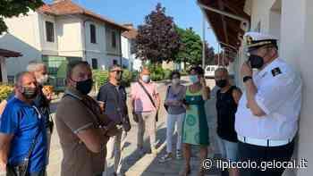 Sfregio alle vittime dell'amianto: rubato a Monfalcone l'annaffiatoio-simbolo - Il Piccolo