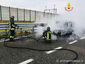 Incendio auto sull'autostrada A4 - Prima Chivasso