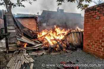 Homem morre após incêndio em residência, em Jaraguá do Sul - Jornal de Pomerode