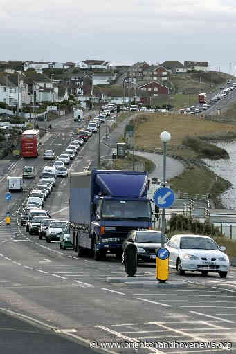Traffic jams will deter tourists, warns senior councillor - Brighton and Hove News