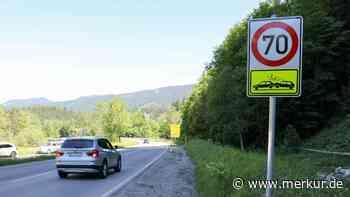 Oberammergau: Unfallhäufung an Ortseinfahrt Süd - Neue Schilder als Warnung - Merkur.de