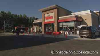 Wawa Stadium Store, First To Sell Beer In Philadelphia, Opens Near Sports Complex - CBS Philly