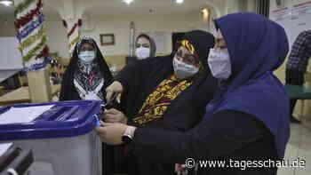 Wahllokale geschlossen: Machtwechsel im Iran erwartet
