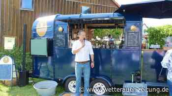 WunderBar-Trailer: Wetterauer baut Pferdeanhänger zur mobilen Bar aus - Wetterauer Zeitung