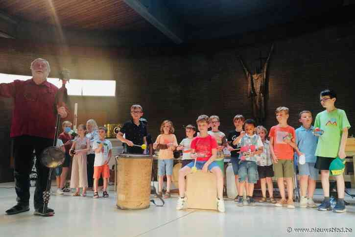 Kinderen maken kennis met folk en volksmuziek