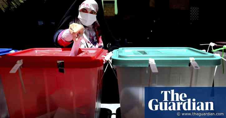 Low election turnout could spell trouble for Iran regime, experts say