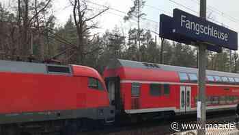 Deutsche Bahn: Fangschleuse das neue Wolfsburg? RE1 rast an Pendlern auf Bahnhof vorbei - moz.de