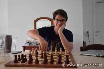 """Arno (22) trekt naar Servië voor belangrijke schaakwedstrijd: """"Hopelijk kom ik terug als internationaal meester"""""""