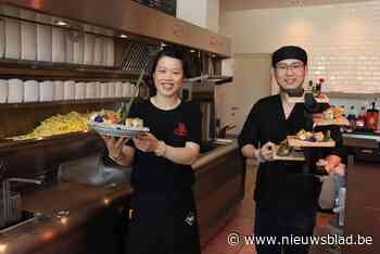 Feifei en Jian verkopen frietjes met sushi<BR />