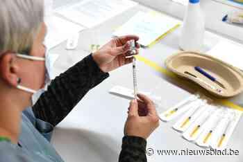 KAART. Kijk hier hoever jouw gemeente staat met vaccineren, Wase centra roepen op om je in te schrijven op Qvax-lijst