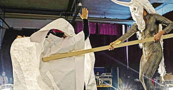 Heidelberg:  Wenn die Wanderbühne Theater Carnivore spielt