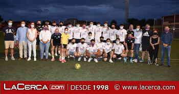 La Alcaldesa de Talavera celebra con el equipo juvenil del EDF Patrocinio el campeonato de liga y e - La Cerca