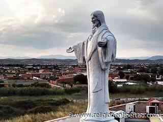 Talavera: así se hizo el monumento - ReL - Religión en Libertad