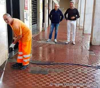 Il calendario delle pulizie di portici e quartieri. Ingombranti, tocca a Termo e San Venerio - Città della Spezia