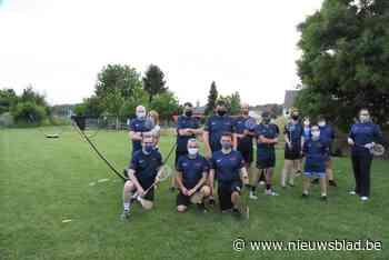 Smashing Pluimkes speelt voorlopig badminton in openlucht (Gooik) - Het Nieuwsblad