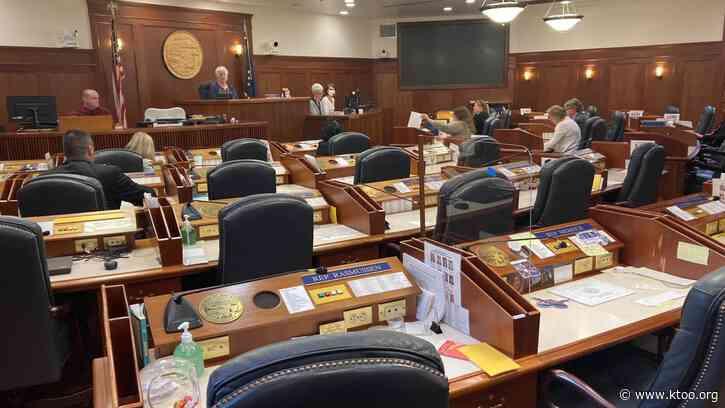 No progress on avoiding Alaska state government shutdown; new special session next week