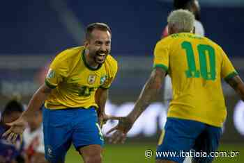 Brasil goleia Peru no Rio de Janeiro e assume liderança do Grupo B da Copa América - Rádio Itatiaia
