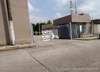 Sin ambulancia opera el hospital de Pemex en Nanchital - Imagen de Veracruz
