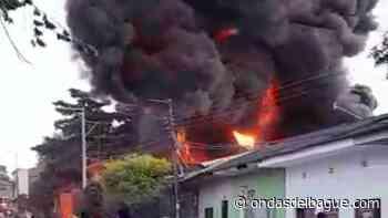 VIDEO: Grave incendio se registró en una carpintería de Venadillo - Ondas de Ibagué