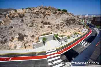 El acceso peatonal a San Cristóbal ya tiene arquitecto - La Voz de Almería