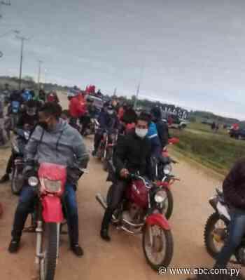 En Cerrito Ñeembucú no hay vacunas, pero sí caravanas políticas - Crónicas Ciudadanas - ABC Color