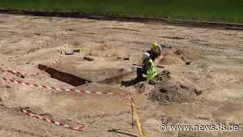 Gifhorn: Arbeiter entdecken seltsame Grube – sie verbirgt etwas ganz Besonderes - News38