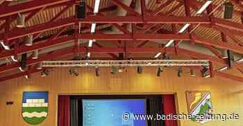 Bei Starkregen ist das Dach der Halle nicht mehr dicht - Steinen - Badische Zeitung