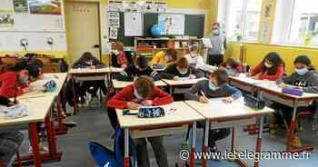Dictée collaborative « Un pour tous » à l'école publique de Saint-Sauveur - Le Télégramme