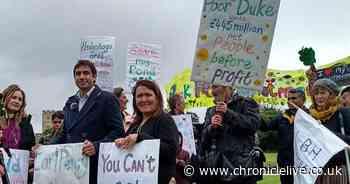 Claims Duke of Northumberland 'bullied' tenants who oppose development plan