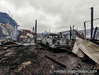 Puerto Maldonado: Incendio producido en almacén consume una iglesia y... - Radio Madre de Dios