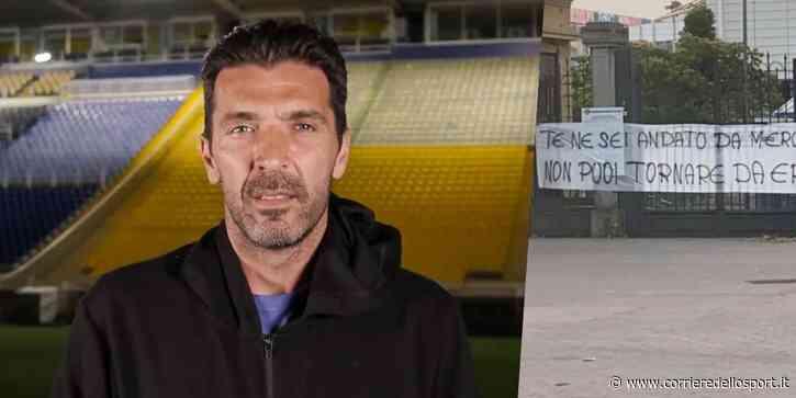 """Parma, striscione contro Buffon: """"Mercenario"""" - Corriere dello Sport.it"""