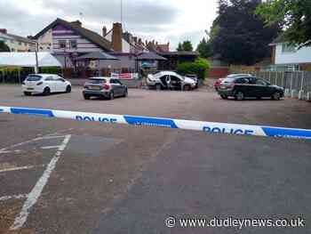 Police incident outside Gigmill pub in Stourbridge - Dudley News