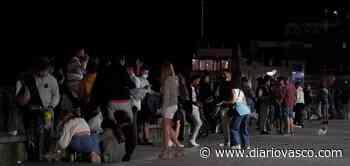 Los vecinos de San Sebastián protestan: «Estamos desesperados, hay peleas, mucho ruido, cristales rotos...» - Diario Vasco