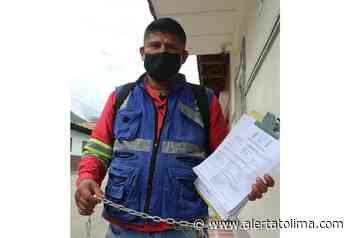 Encadenados empleados de Concay por despidos al parecer injustificados - Alerta Tolima