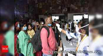 Coronavirus live updates: Maharashtra reports 8912 new Covid-19 cases, Delhi 135 in last 24 hours - Times of India