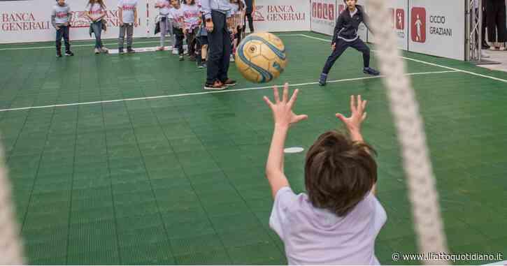 Condizione economica delle famiglie, mancanza di strutture e di spazi all'aperto: un bambino su cinque in Italia non fa sport