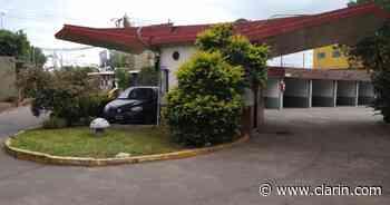 Femicidio en Quilmes: aparece muerta una mujer de 27 años, que había entrado a la habitación de un hotel con - Clarín