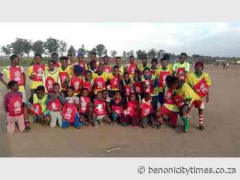 Boksburg football club receives king-sized donation - Benoni City Times