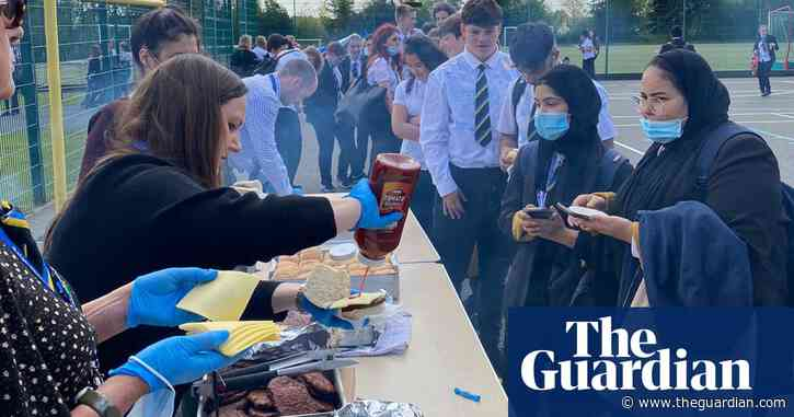 Poems not proms: England's schools give leavers send-off in Covid times