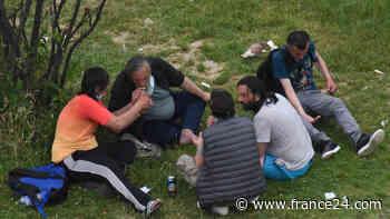 """En images : 24 heures dans l'enfer de """"crackland"""" à Paris - FRANCE 24"""