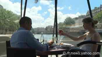 Paris: les dîners-croisières sur la Seine attirent les touristes français - Yahoo Actualités
