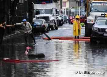 Con aguas negras se inundan galeras de FGJ; había personas detenidas - La Silla Rota